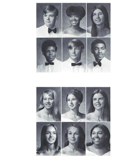 """WWHS Alumni """"1971 Class Roster"""" Page 1 - Portsmouth, VA"""