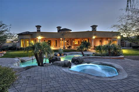North Scottsdale Luxury Home For Car Enthusiasts