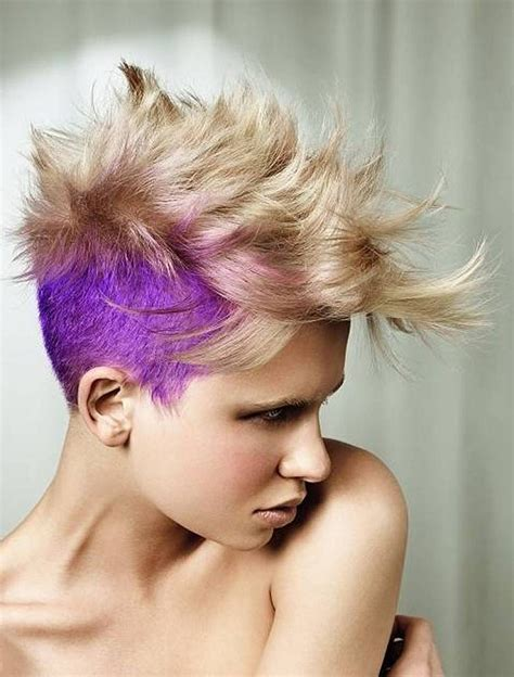 21 Short and Spiky Haircuts For Women | Styles Weekly