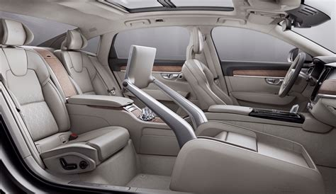 Video: 2017 Volvo S90 Excellence interior is perfect for