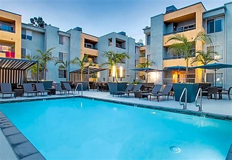 The Crescent at West Hollywood Apartments - West Hollywood