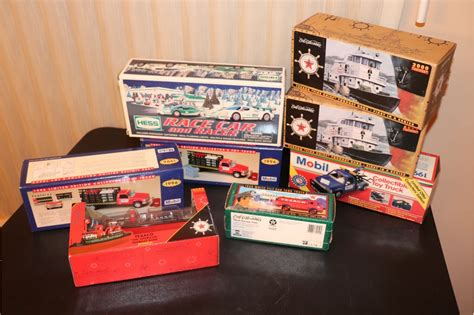 Lot Of 8 Assorted Collectible Gas Trucks And Boats Brand