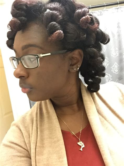 Newly Naptural Me: How to: Heatless Bouncy Curls on