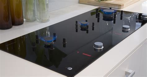 Best of both worlds: Gas-in-glass cooktop - CNET