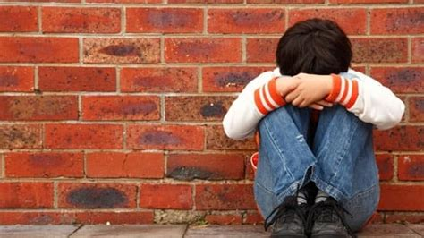 Bullying in childhood linked to poorer health in middle