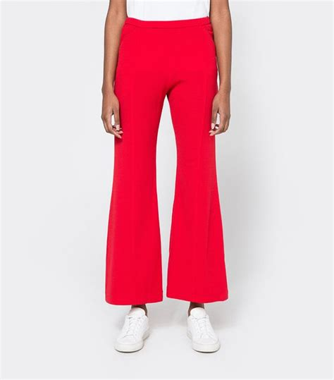 9 Pant Styles French Girls Wear Instead of Leggings | Who