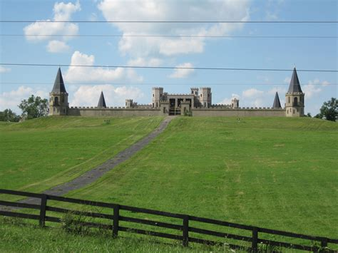 These 5 Castles of Kentucky Will Satisfy Your Medieval Dreams