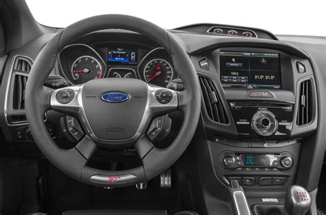 2014 Ford Focus ST - Price, Photos, Reviews & Features